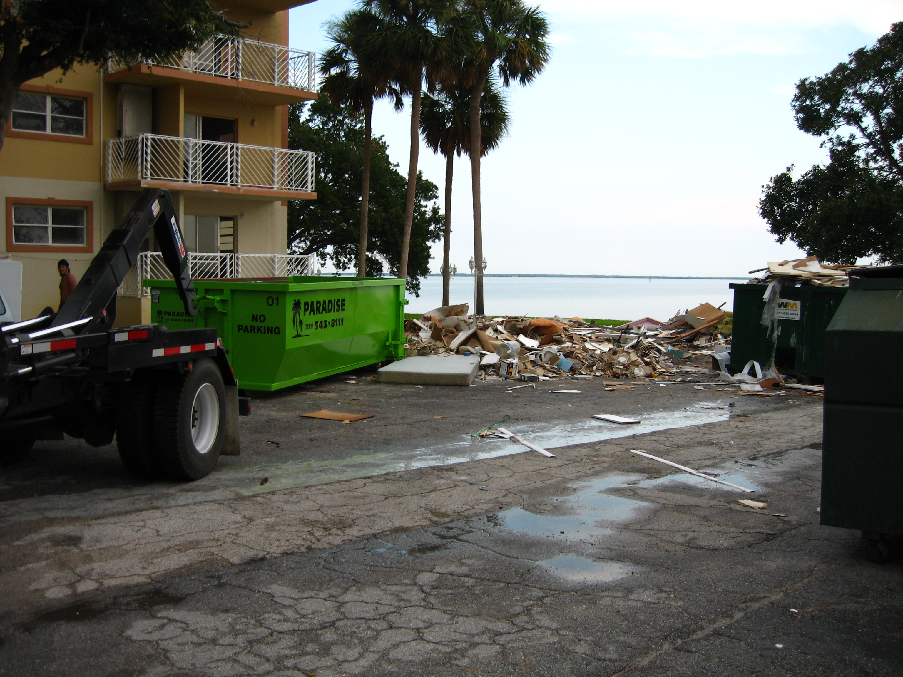 Paradise Lawn and Landscape - Roll off dumsters - Brevard County